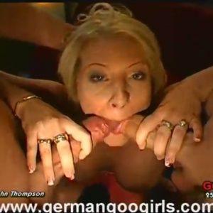 Немецкая девушка обожает сперму
